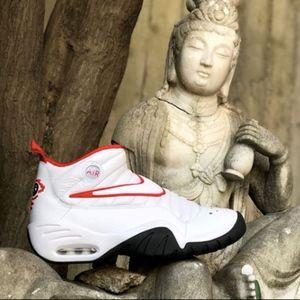 Men's Nike Air Shake Ndestrukt (Size 9)